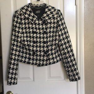 WHITE HOUSE BLACK  MARKET Jacket. Size 6.